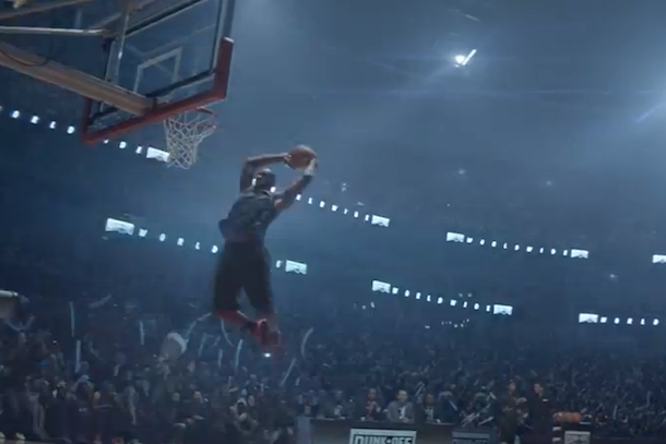 lebron-nike-commercial-dunk-contest