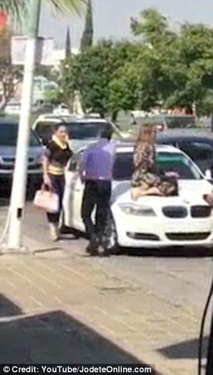 igazi felszarvazott feleség videók szűk punci lesz szegezve