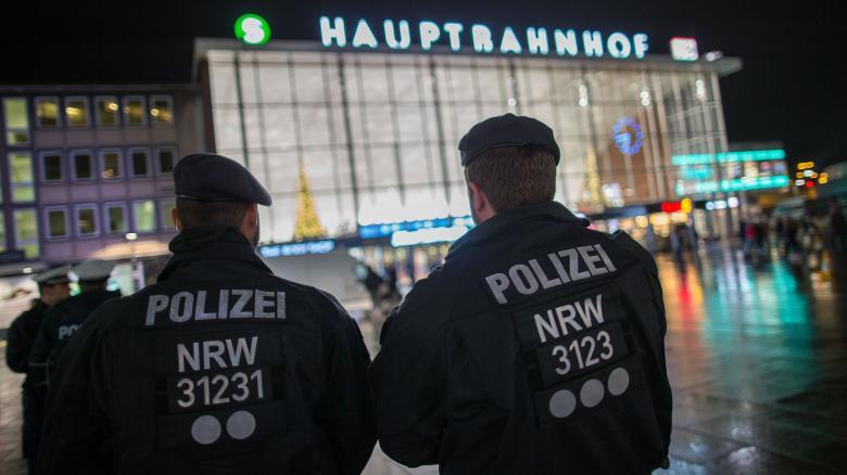 Polizisten-in-Koeln