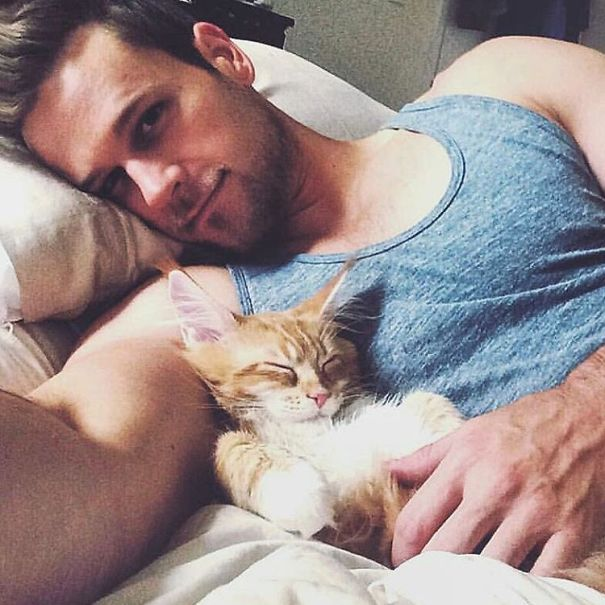 hot-dudes-with-kittens-instagram-68__605