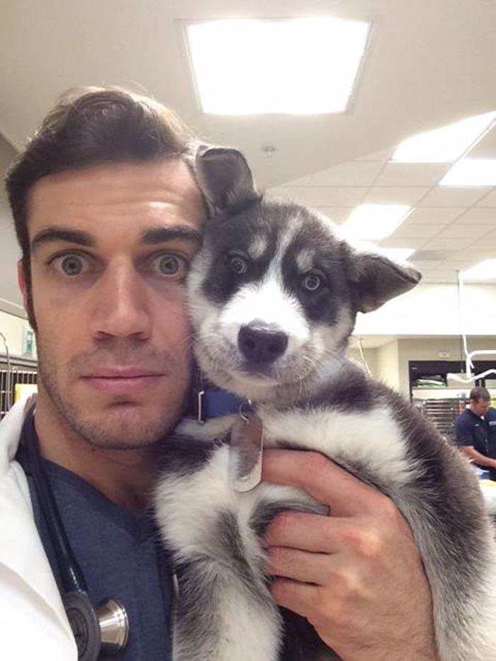 hottest-vet-pet-doctor-evan-antin-california-320__700