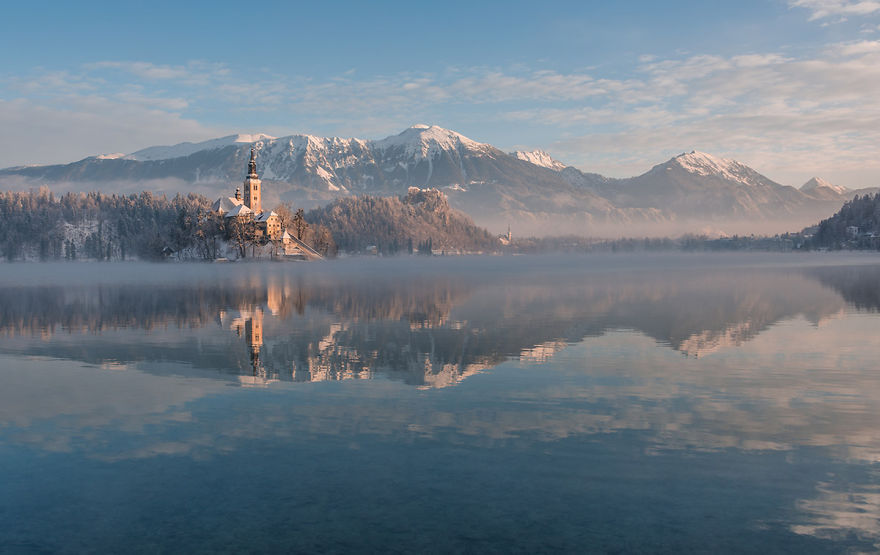 i-photographed-lake-bled-on-a-fairytale-winter-morning-10__880