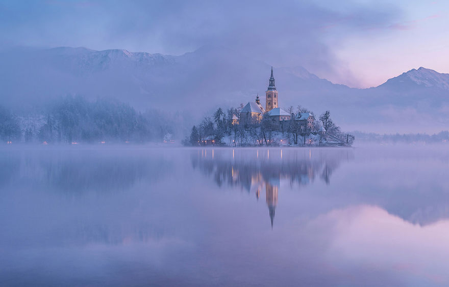 i-photographed-lake-bled-on-a-fairytale-winter-morning-2__880
