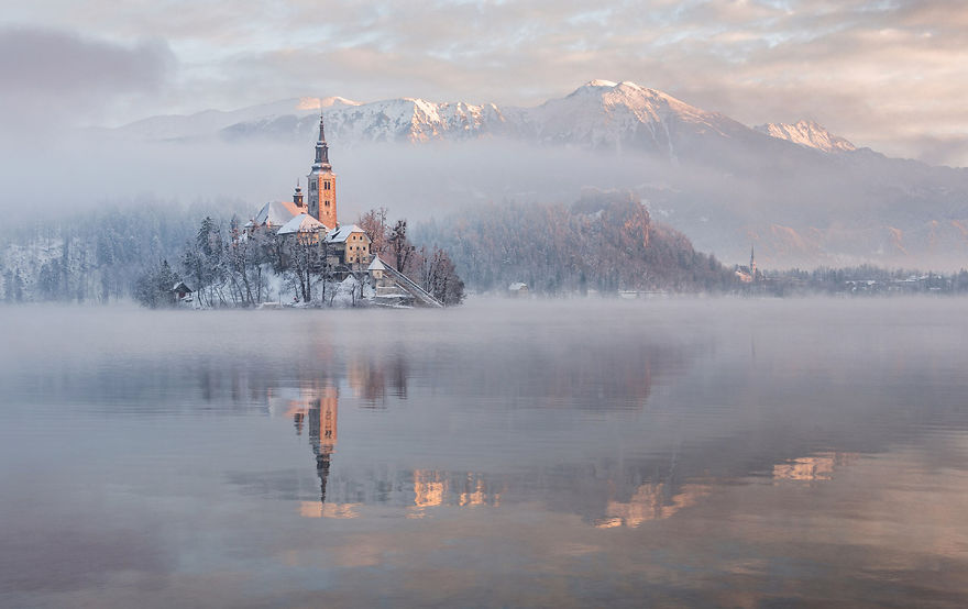 i-photographed-lake-bled-on-a-fairytale-winter-morning-7__880