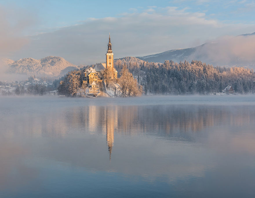 i-photographed-lake-bled-on-a-fairytale-winter-morning-9__880