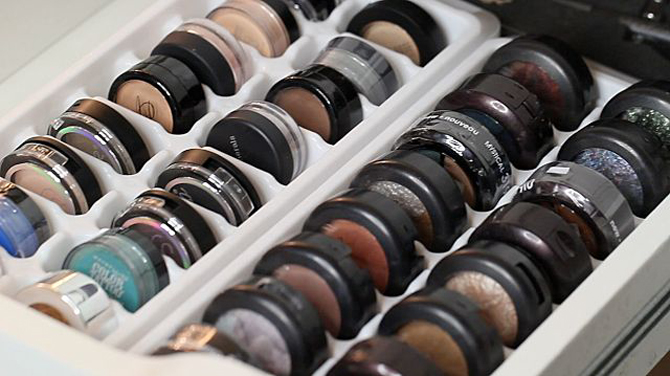 makeup-organization-eyeshadow_1