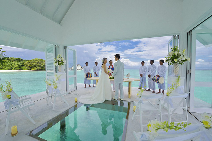 wedding-pavilion-water-landaa-giraavaru-maldives-4