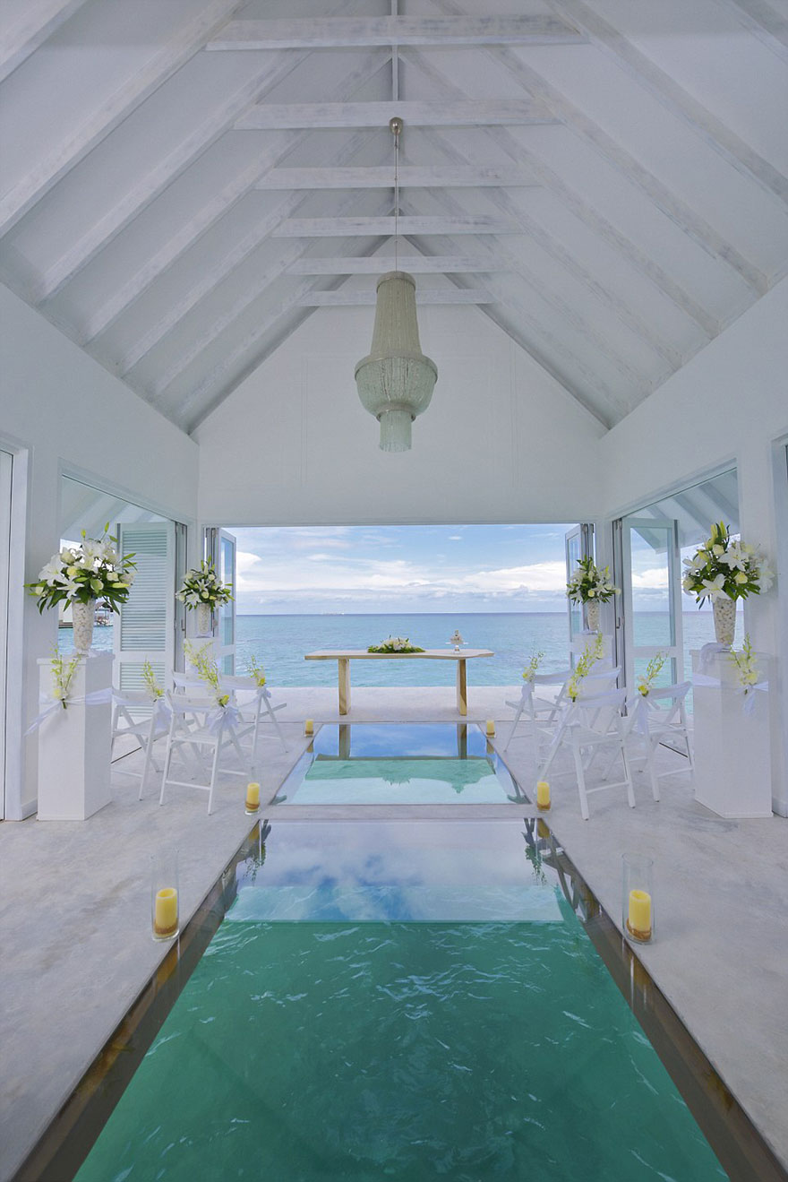 wedding-pavilion-water-landaa-giraavaru-maldives-7