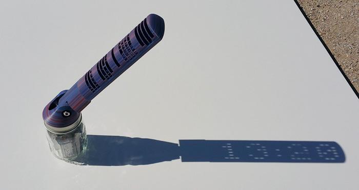 3d-printed-digital-sundial-sun-clock-mojoptix-12