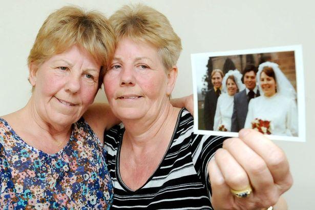 PAY-Identical-twins-Lynda-TomlinsonL-and-Ann-Ross (1)