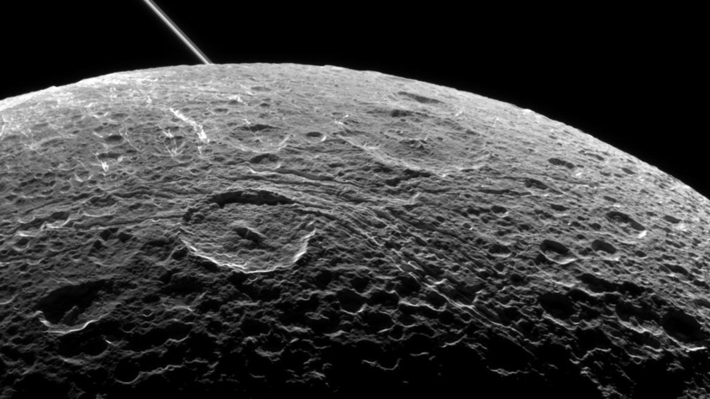 dione_preflybyimage_rotated_16