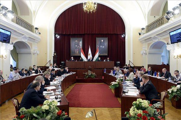 fővárosi közgyűlés