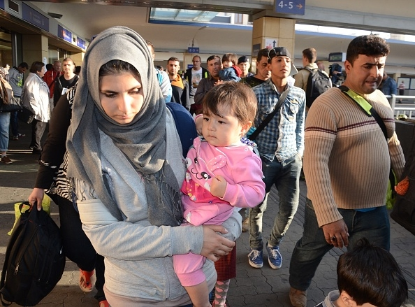 migrants-moving-through-denmark-on-their-way-to-sweden