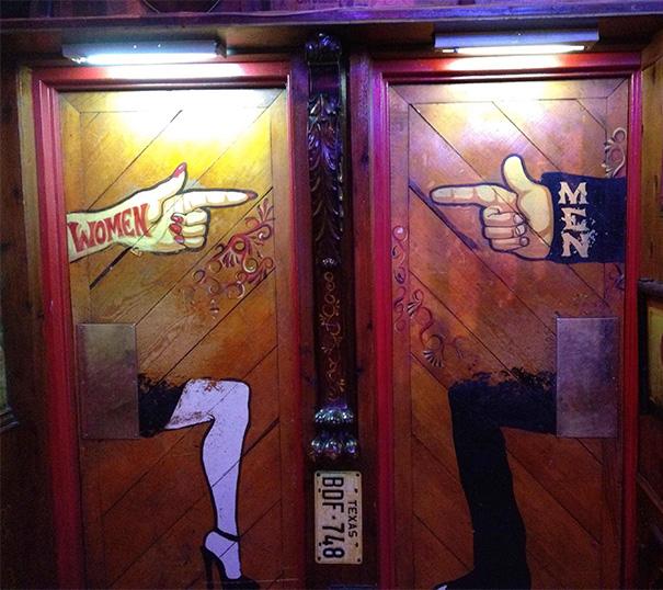 funny-bathroom-signs-392__605
