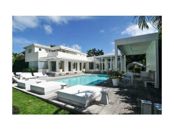 shakira-miami-beach-house-4