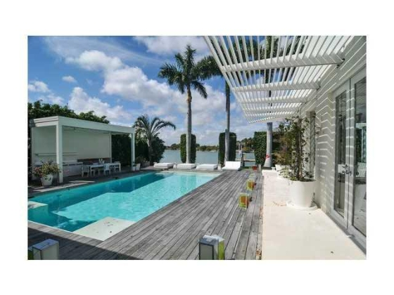 shakira-miami-beach-house-6