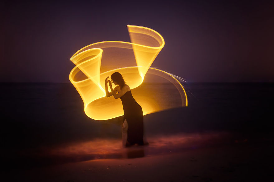 Light-painting-fantasies-5721bf17cb9e0__880