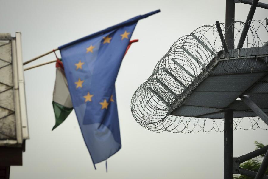 Illegális bevándorlás - A debreceni menekülttábor