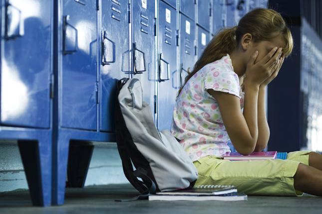 20121101-iskolai-eroszakmegszegyenites-megalazas-illusztracio-3
