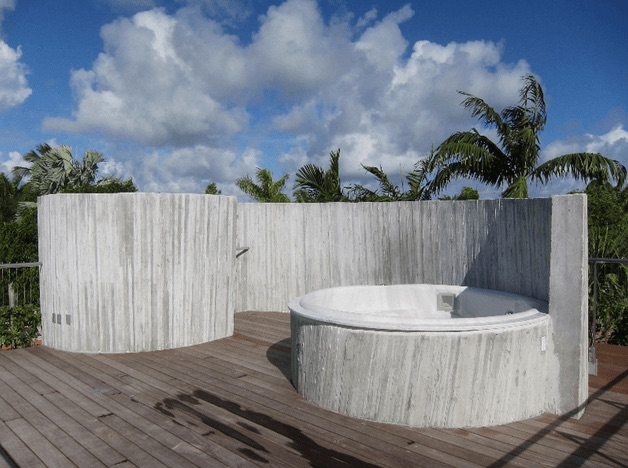 Miami-Hot-Tub