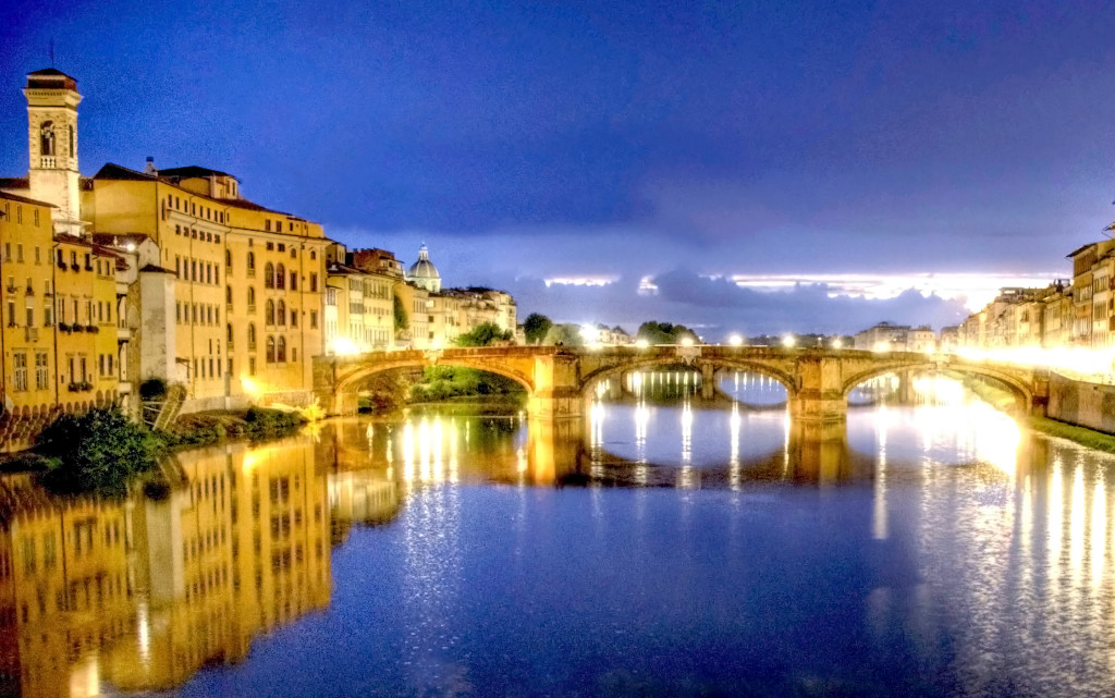 River-Arno-in-florence-Italy-cropped-contrast