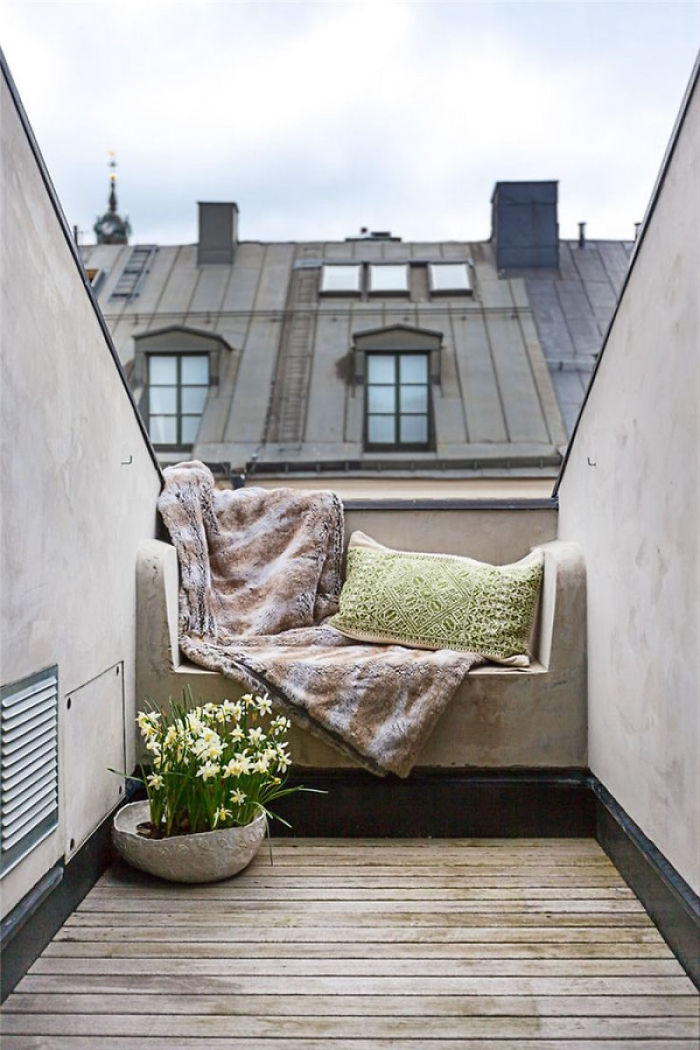 balcony-decorating-ideas-119-573db5da3613b__700