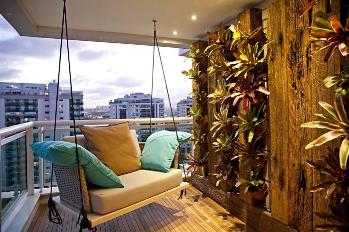 balcony-decorating-ideas-78-573dbc3e1b7ee__700