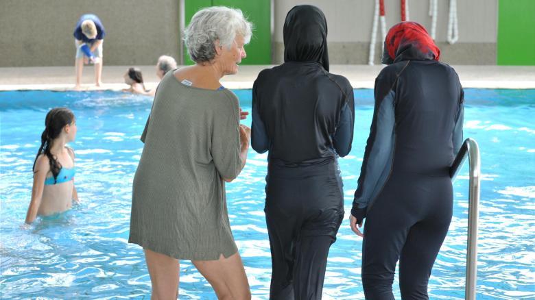 Ganzkoerper-Badeanzug-fuer-Musliminnen