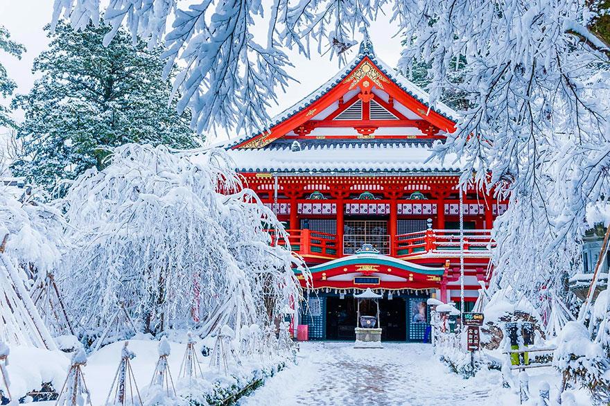 Natadera templom télen