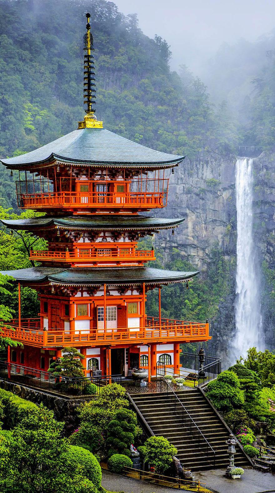 Seigantoji pagoda és Nachi No Taki vízesés