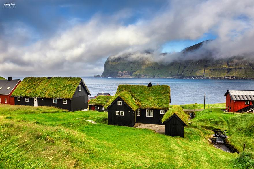 grass-roofs-scandinavia-17-575fe6f6ac201__880