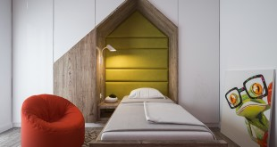 red-and-yellow-green-kids-bedroom