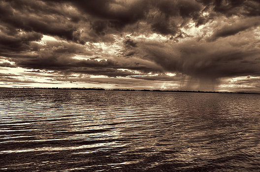 storm-on-the-water-brian-byers-
