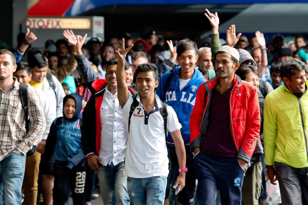 150906-migrants-germany-230p_7f27c970fc78b529307594e0b6d67b91.nbcnews-fp-1200-800