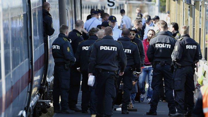 26012016 denmark police refugees