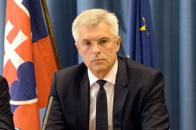 SR MZV a EZ  tlačová konferencia Bratislava BAX