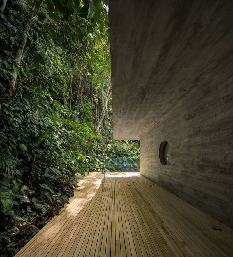 The-Jungle-House-ground-floor-terrace