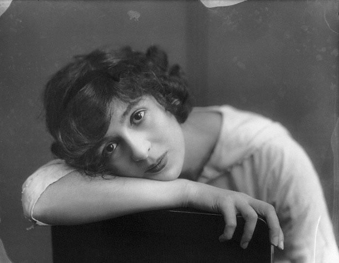 most-beautiful-women-edwardian-era-1900s-11-578c7e650e67a__700