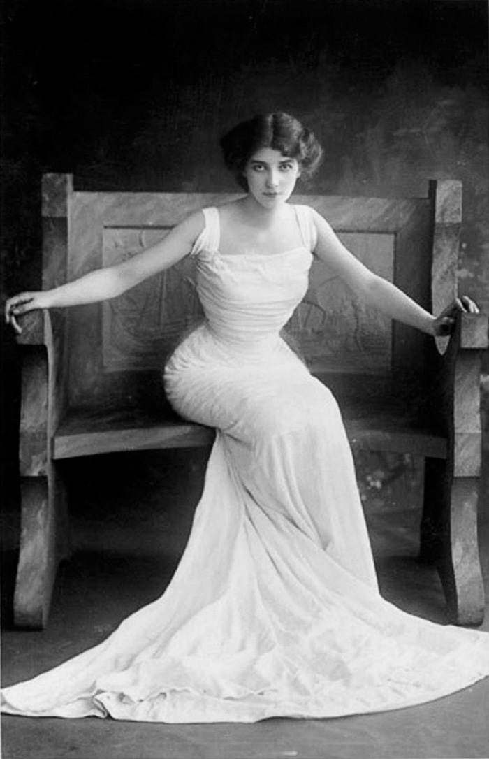 most-beautiful-women-edwardian-era-1900s-13-578c7e691c213__700
