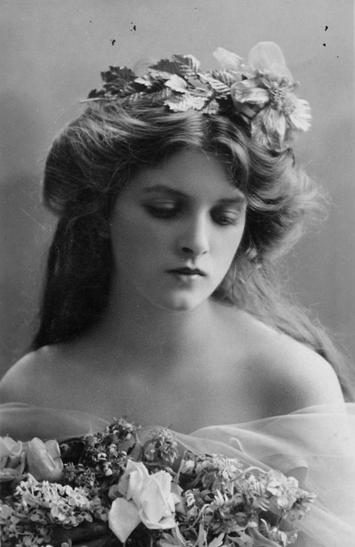 most-beautiful-women-edwardian-era-1900s-14-578c7e6b22c5e__700