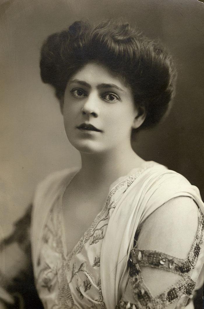 most-beautiful-women-edwardian-era-1900s-8-578c7e5ee21d0__700