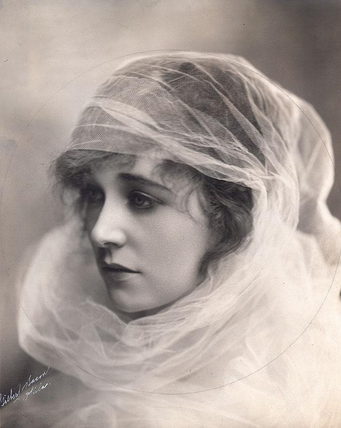 most-beautiful-women-edwardian-era-1900s-9-578c7e6103cec__700