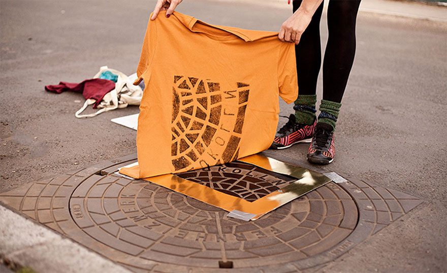 pirate-printers-manhole-covers-raubdruckerin-10