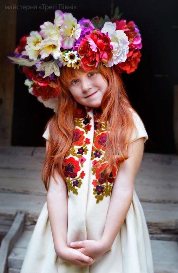 traditional-ukrainian-crowns-treti-pivni-35-57985c05de0dd__605