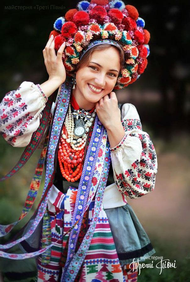 traditional-ukrainian-crowns-treti-pivni-38-57985c0f170b5__605