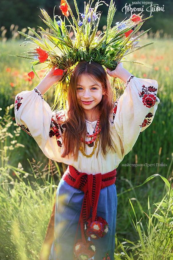 traditional-ukrainian-crowns-treti-pivni-39-57985c1219dc6__605