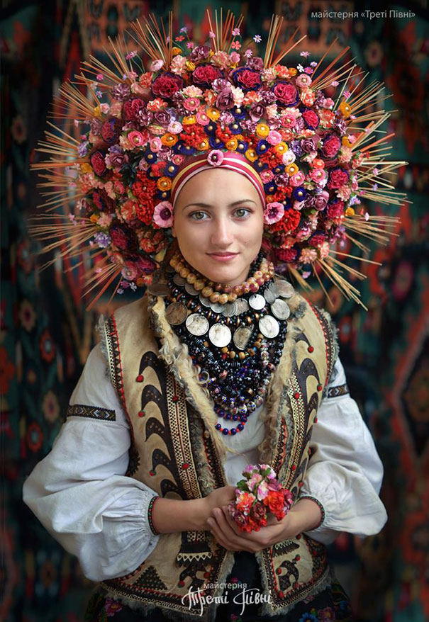 traditional-ukrainian-crowns-treti-pivni-46-57985c2807a04__605