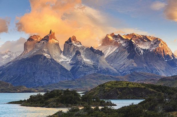 Chile, Patagonia, Torres del Paine National Park (UNESCO Site), Lake Pehoe