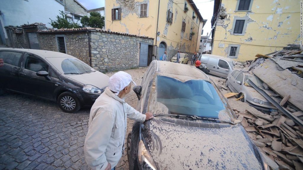 160824015530-italy-earthquake-14-super-169