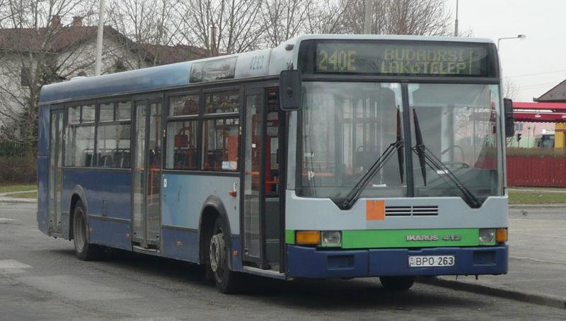 800px-240E_busz